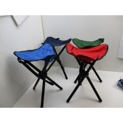 4 CHAISES DE CAMPING CHARGE 110 KG